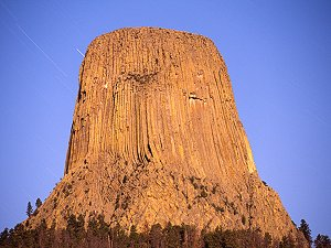 Devil's Tower seen by the moonlight